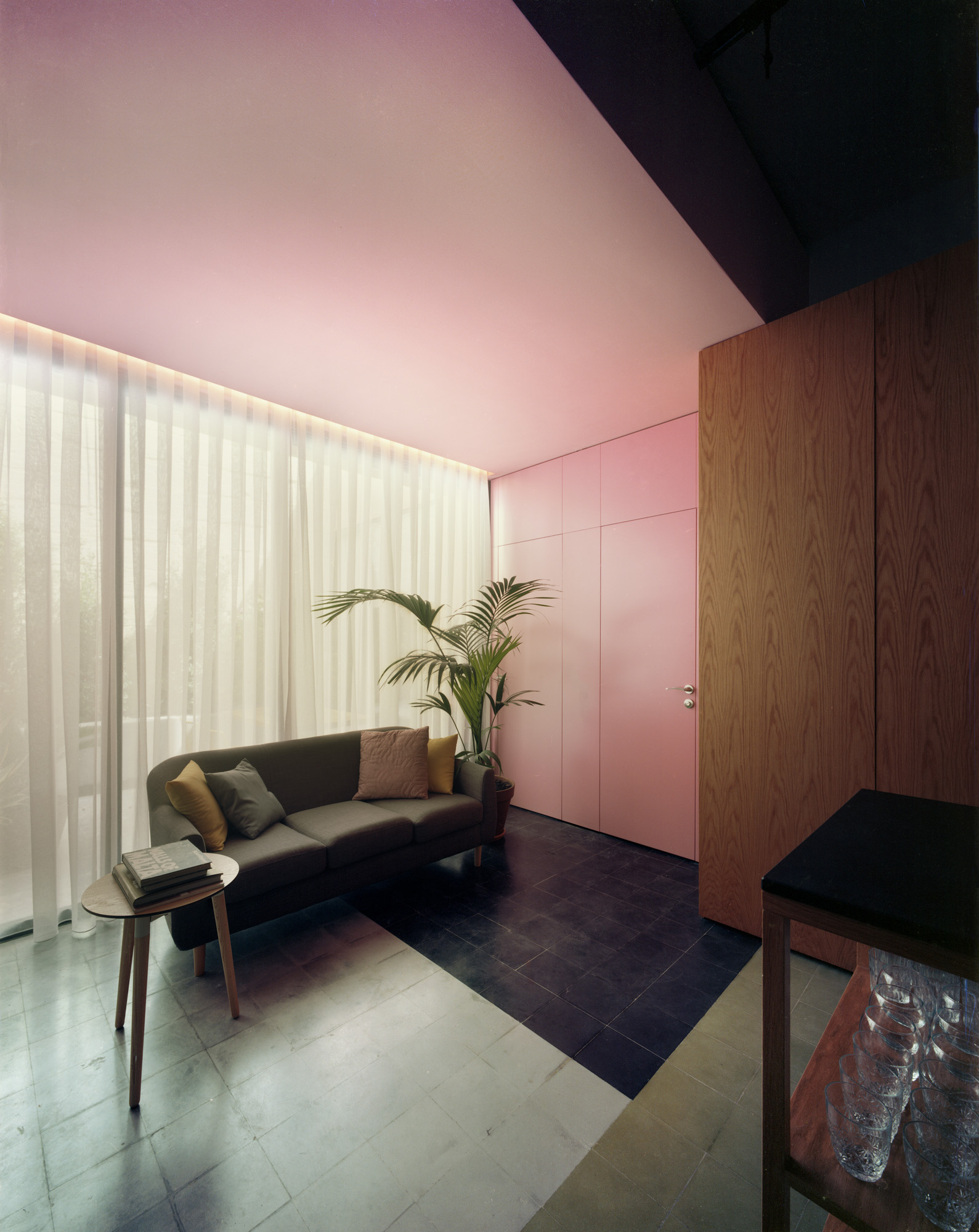 Lorry by Valentino Architects